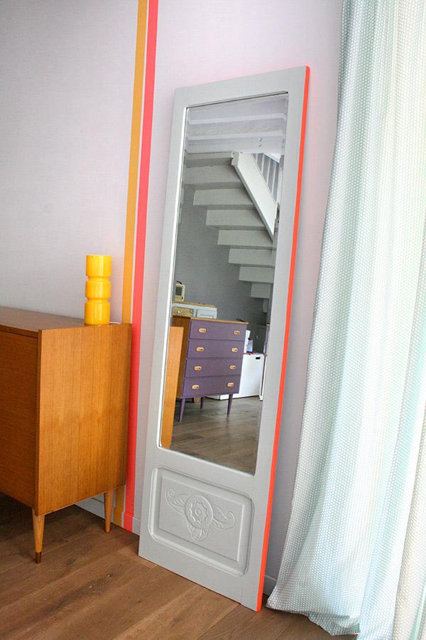 Grand miroir vintage les jolis meubles for Grand miroir pour buffet